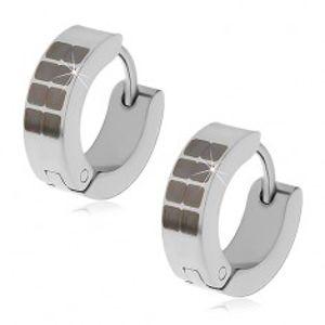 Kloubové náušnice z oceli 316L stříbrné barvy, černé čtverečky X04.03