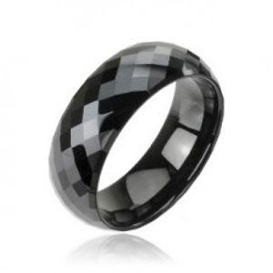 Lesklý wolframový prsten v černém odstínu - vybroušené kosočtverce, 8 mm Z38.15