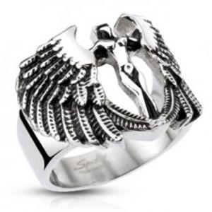 Mohutný ocelový prsten - postava anděla s křídly, patinovaný E1.1