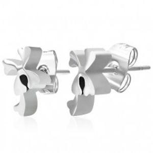 Náušnice z chirurgické oceli stříbrné barvy, lesklé hladké čtyřlístky Q23.04