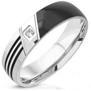 Prsten z oceli 316L - černá polovina, tři zářezy, čirý kulatý zirkon, 6 mm J08.15