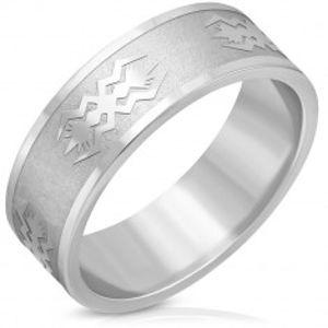 Ocelový prsten stříbrné barvy - matný pás, lesklé hrany, motiv, 8 mm J13.06