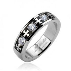 Ocelový prsten - tři zirkony a kříže J2.2