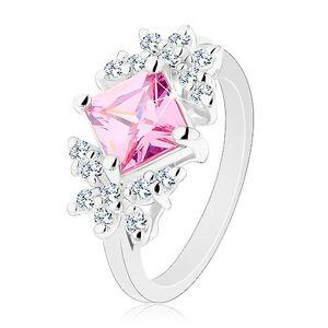 Prsten stříbrné barvy, broušený zirkonový čtverec růžové barvy, čiří motýli - Velikost: 54