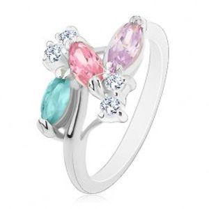 Prsten stříbrné barvy, barevné zrníčkovité zirkony a čiré zirkonky S22.08