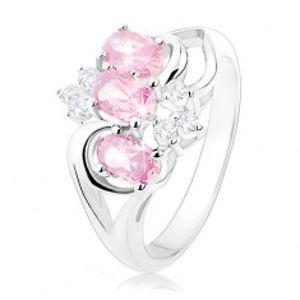 Prsten stříbrné barvy, rozdělená ramena, růžové ovály, čiré zirkonky R34.9