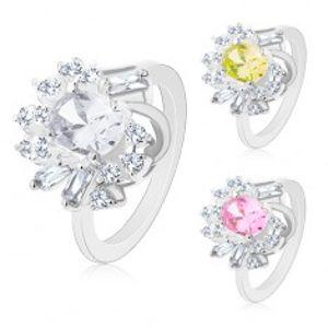 Prsten ve stříbrném odstínu, velký broušený ovál, kulaté a obdélníkové zirkony M05.19