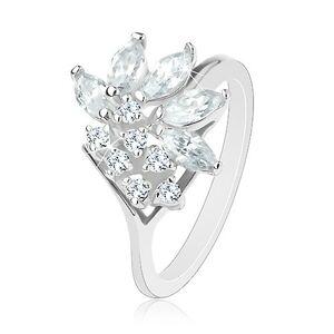 Prsten ve stříbrném odstínu zdobený zirkony čiré barvy, lesklá ramena - Velikost: 57