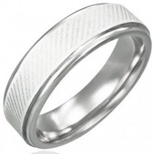 Prsten z chirurgické oceli - diagonální linie K13.4
