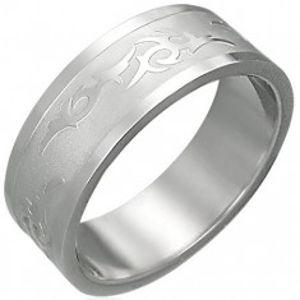 Prsten z oceli s kmenovým ornamentem F8.19