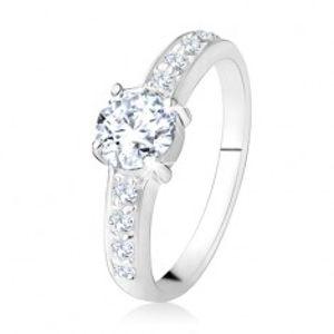 Prsten ze stříbra 925, čiré rovné linie se zirkony, broušený čirý kámen SP24.06
