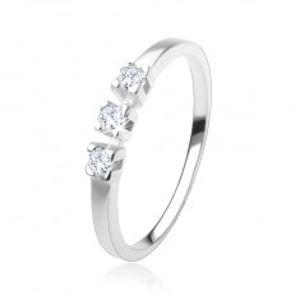 Prsten ze stříbra 925, tři blyštivé zirkony čiré barvy, lesklá ramena HH18.3