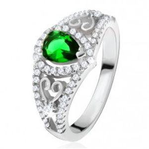 Prsten ze stříbra 925, zelený slzičkovitý kámen, čiré zirkony, obrysy srdcí U18.19