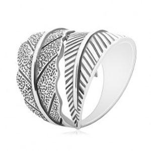 Stříbrný 925 prsten, protisměrně zahnuté velké listy, šedá patina M15.05