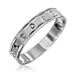 Stříbrný prsten 925 - vroubky s malými kužely, zářezy na okrajích H10.20