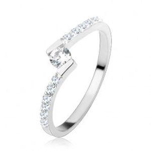 Stříbrný prsten 925, kulatý čirý zirkon mezi zahnutými konci ramen HH17.17