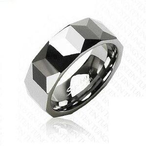 Wolframový prsten stříbrné barvy, geometricky broušený povrch, 8 mm - Velikost: 61